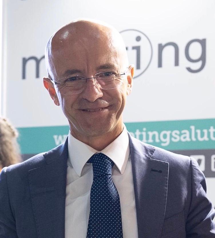 Giancarlo Cicolini, della Asl Lanciano Vasto Chieti, primo infermiere ricercatore all'univesità di Bari - Abruzzo in Video